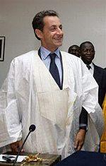 Je veux......... - Page 8 Sarkozy-africain